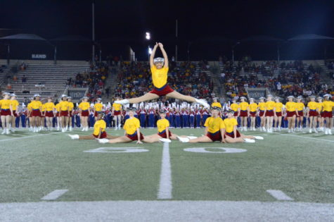 The Patriettes wore Gold Fight Win shirts for their performance at the game. This showed their support for pediatric cancer patients.